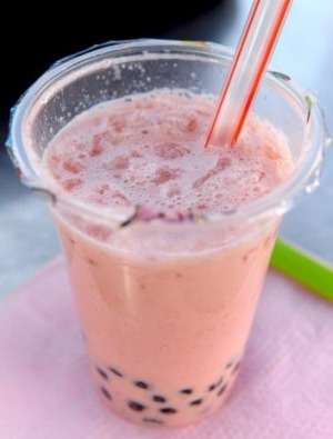 Strawberry bubble tea from Oops!.