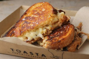 Mac and cheese, pulled pork, caramelised onion and cheddar toastie from Toasta.