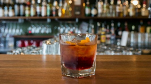 Shake it: The negroni is tart and generous.