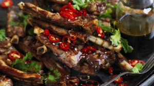 Yunnan barbecue spare ribs with black vinegar sauce