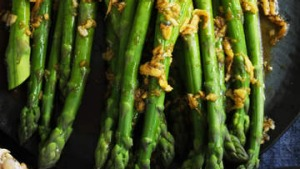 Asparagus with soy, garlic and ginger