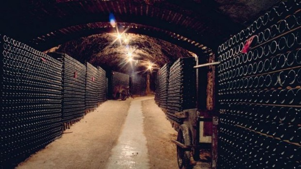 Wine History: The Drives tunnels at Seppelt Great Western.