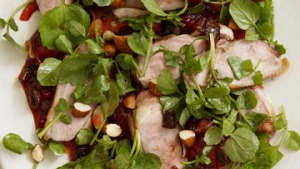 Sweet and sour duck salad with plums and almonds, Camorra.