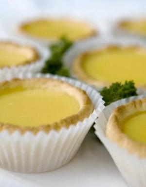 Tip: Grab some egg custard tarts at the earliest opportunity.