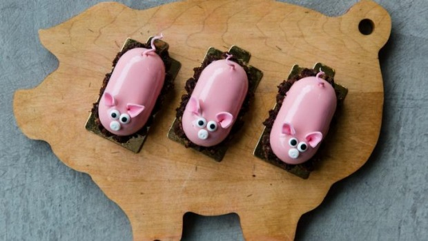 Textbook Patisserie has created 'Piggie' cakes for Bacon Brewfest.
