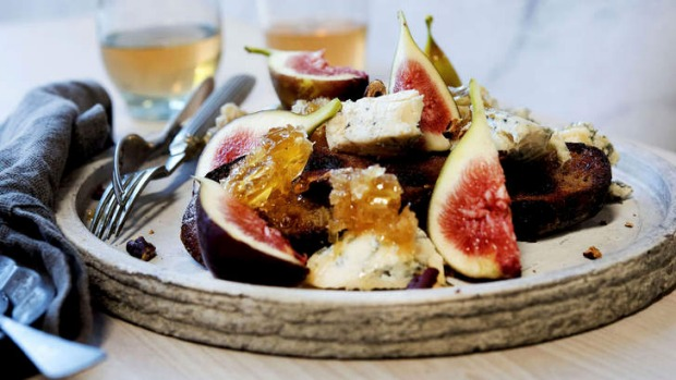 Treat yourself to figs, blue cheese, honeycomb and pecans.