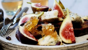 Figs, blue cheese, honeycomb and pecans.