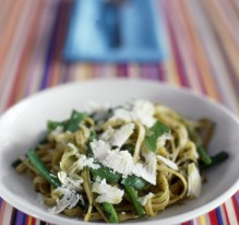 Pesto tagliatelle with green beans