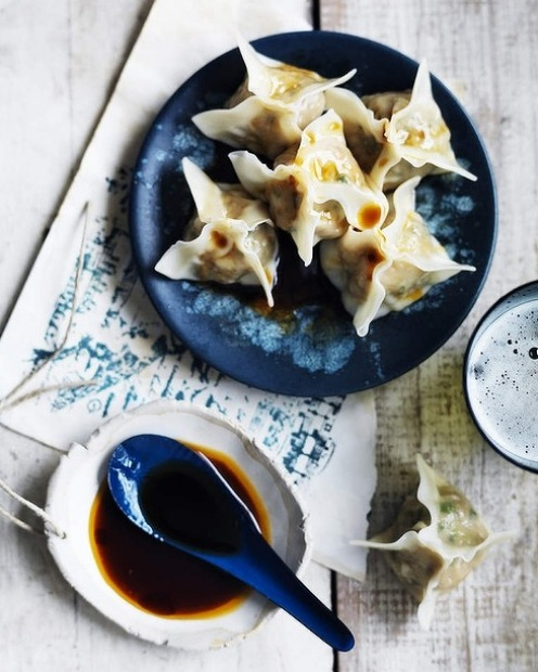 Perfect parcels: Prawn wontons with chilli oil and soy sauce <a ...