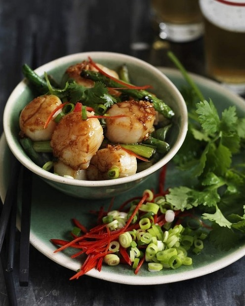 Stir-fried scallops with beans and oyster sauce <a ...