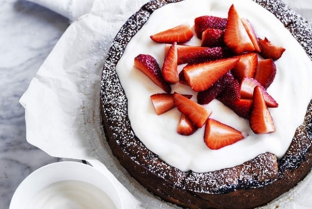 Neil Perry's strawberry and yoghurt cake <a ...