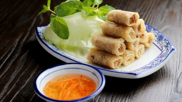 The shrimp and crabmeat spring rolls.