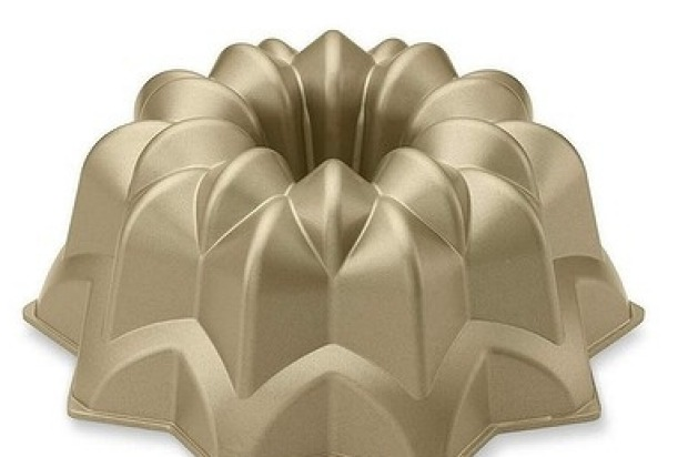9. I like big bundt	 Bundt cakes are having a moment. Gorgeously shaped, they are a dessert table showstopper and ...