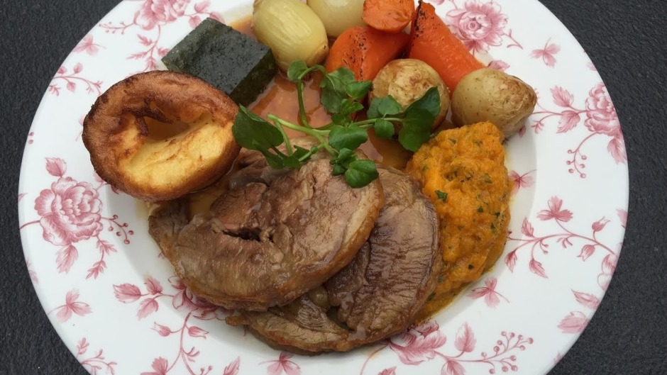 Sunday Roast at The Woolwich Pier Hotel