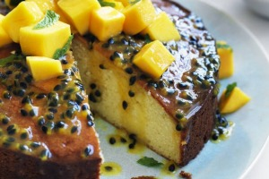Refreshing and fruity: passionfruit syrup cake with mango salsa.