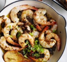 Prawns with capers, garlic and butter.
