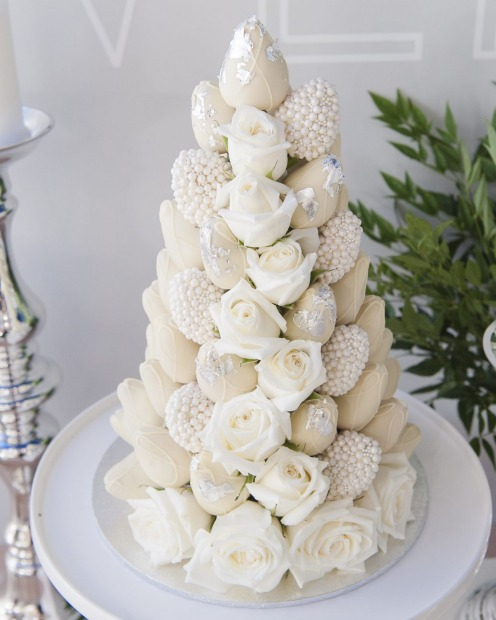 cheese tower wedding cake melbourne melbourne s best wedding cakes 2016 12583