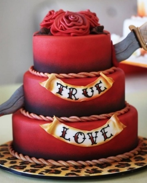 True love by Atomic Cakes.