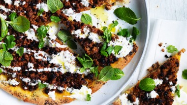 Spicy Middle Eastern lamb pizza recipe with yoghurt
