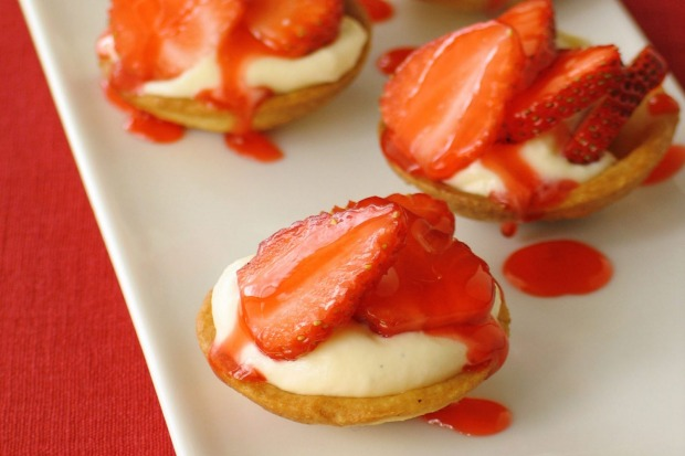 "Individual strawberry tartlets <a href=""http://www.goodfood.com.au/recipes/strawberry-tarts-20111018-29uxw""><b>(Recipe ..."