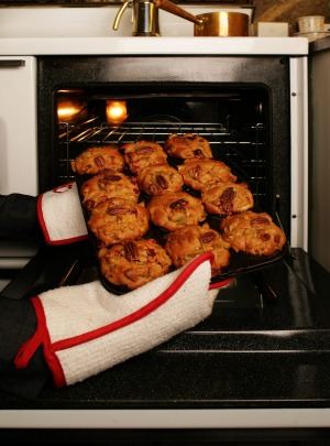 Domestic ovens have hot and cold spots.