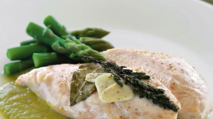 This asparagus sauce is delicious served with chicken or fish and is simple to make.