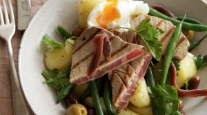 Warm nicoise salad with seared tuna.