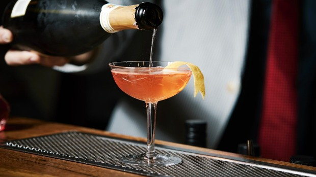 Great Gatsby: The classic, classy Seelbach cocktail.