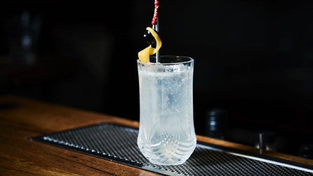 A champagne cocktails that hits home: French 75.