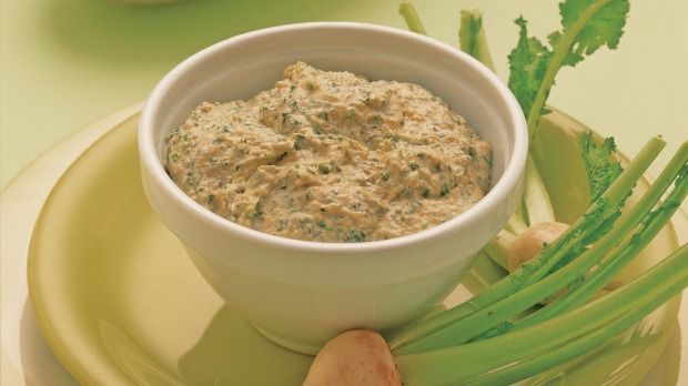 Retro favourite: French onion dip.