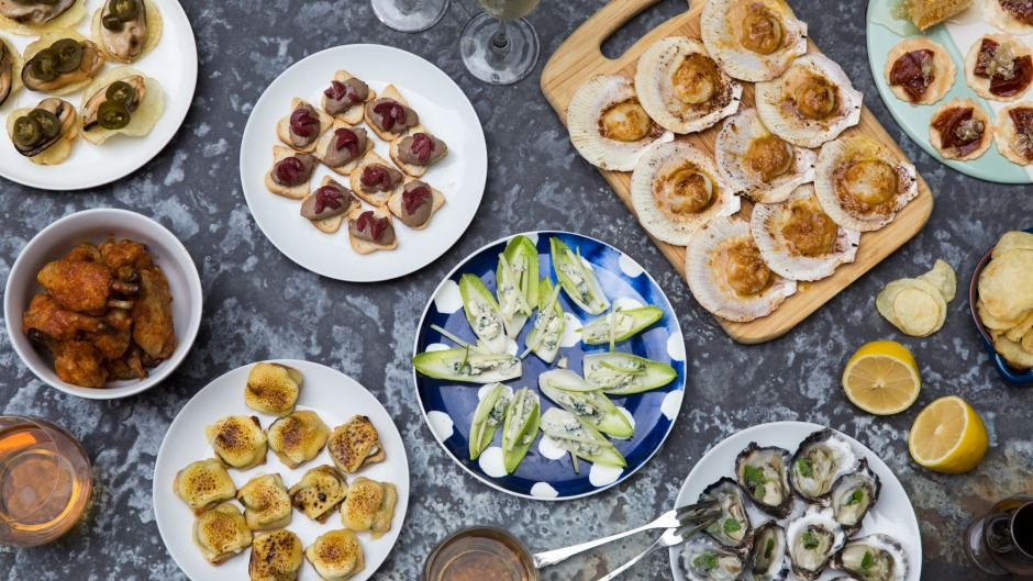 Entertaining made easy 10 three ingredient canapes for for Canape ingredients