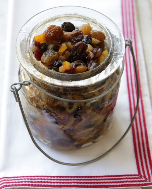 Or hand out jars of Stephanie Alexander's Christmas mincemeat which can be left to mature until next year <a ...