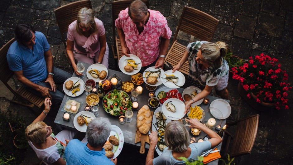 New generation: How to navigate the dining table in 2017.