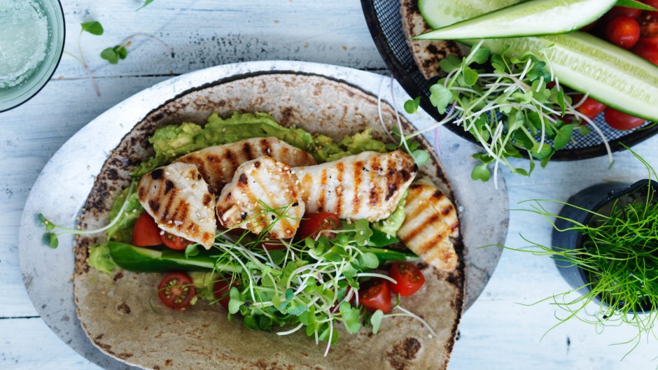 Chicken and avo wraps