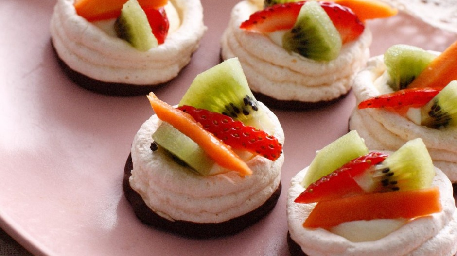 Pavlovas or vol au vents?