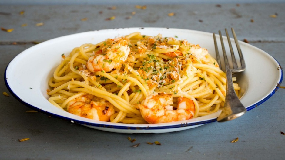 Flavour boost: Spaghetti of prawns and prawn oil with parmesan.
