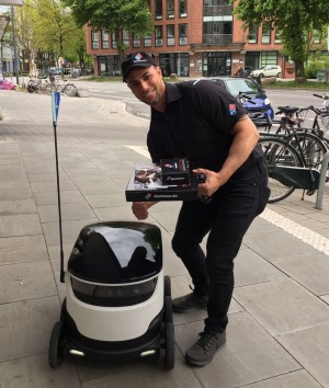 Domino's first robot pizza delivery service has kicked off in Germany, in partnership with Starship deliveries.