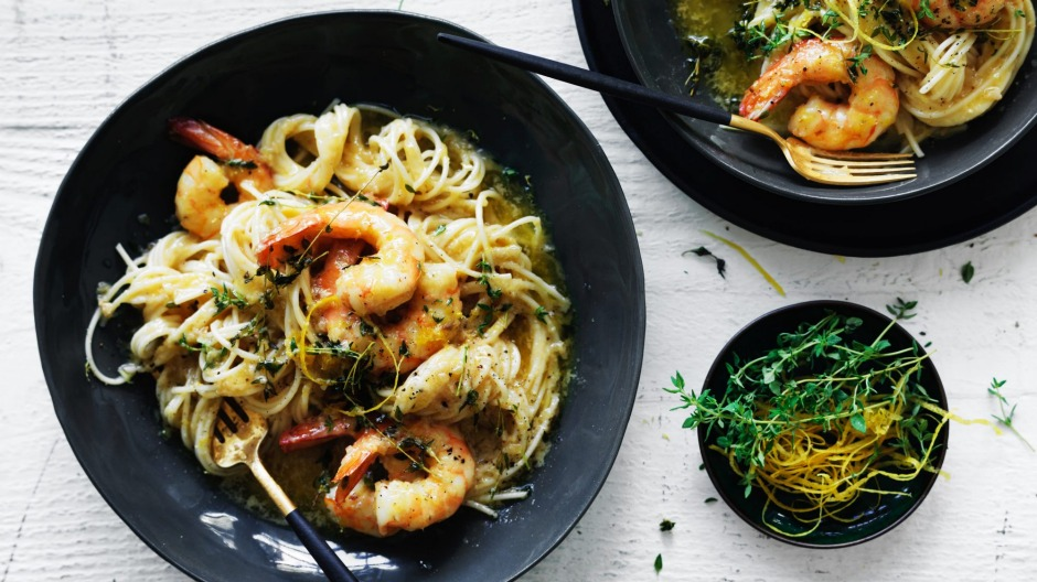 Speedy spaghetti with prawns.