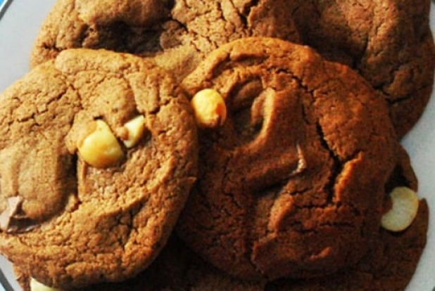 One bowl cafe-style chunky cookies <a ...