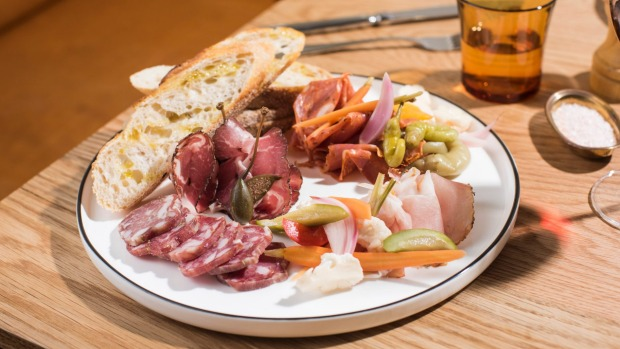 The mixed plate of cold cuts.