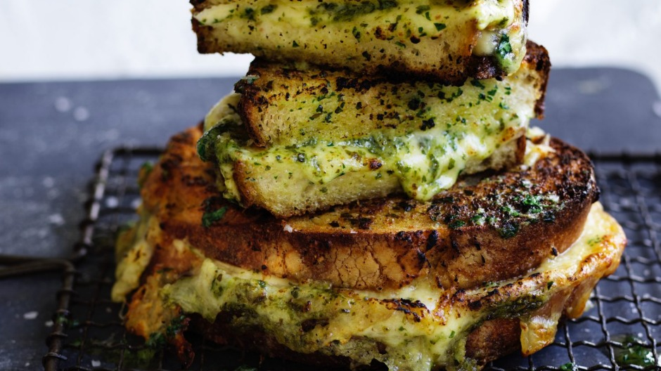 When garlic bread meets toasted cheese sandwich.