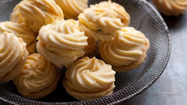 Melting moments with passionfruit icing.