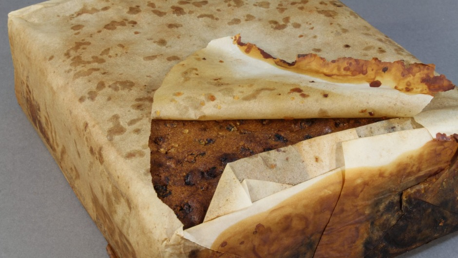 106-year-old fruitcake found in Antarctica 'looked and smelled edible'