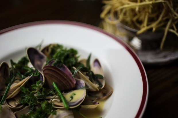 Clams Normande served at Restaurant Hubert.