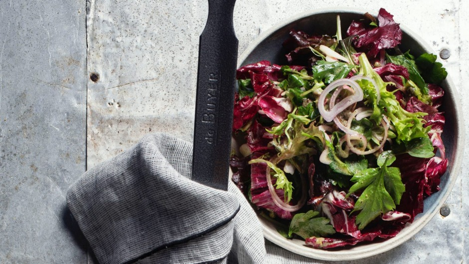 The bitter leaves could include rocket, radicchio, parsley and rocket (as pictured).