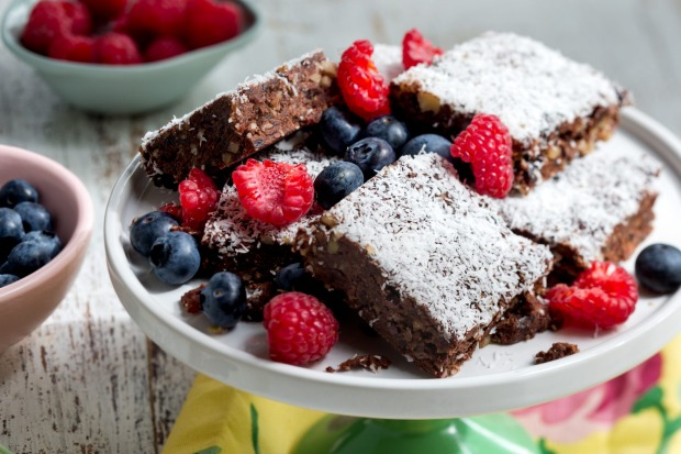 Lola Berry's raw chocolate brownies <a ...