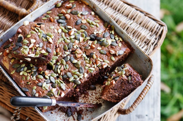 Eat cake for breakfast! Brekkie brownies with peanut butter, oats and banana <a ...