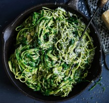 Adam Liaw's super green spaghetti is packed with zucchini and spinach