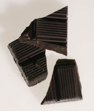 Dark chocolate can be a reward that curbs cravings.