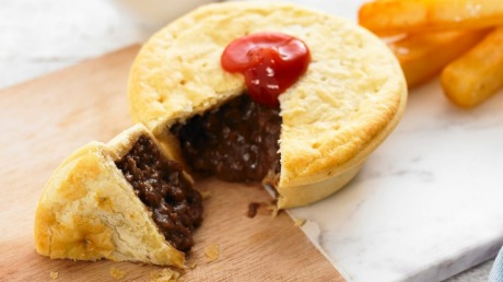 The Good Food Field Guide To Australian Meat Pies